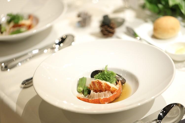 Banquet Restaurant FUKUROU フクロウ 料理 スマ婚FAMILY